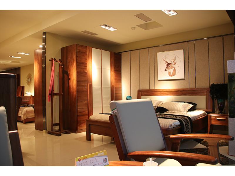卧室实木家具产品